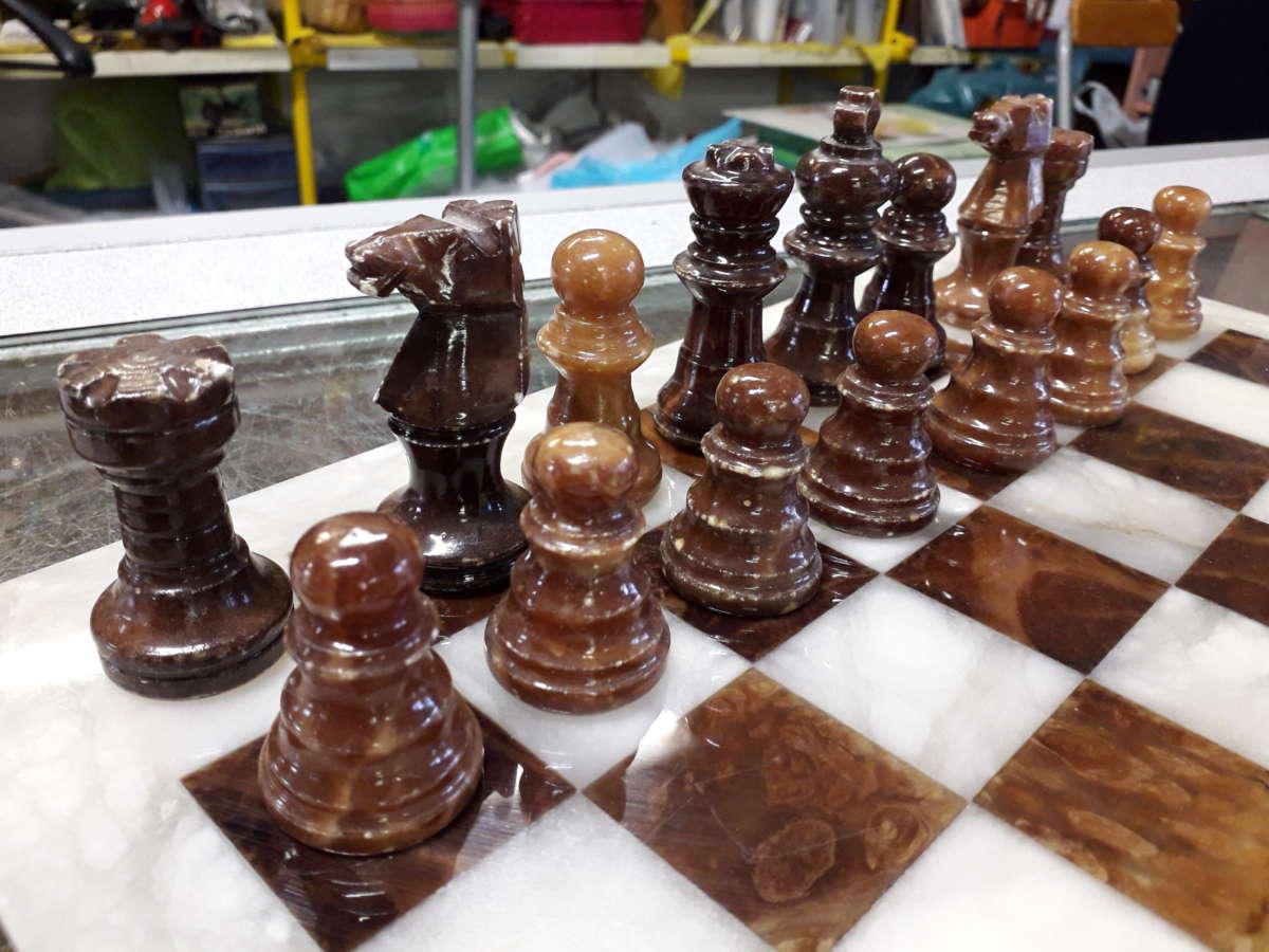 scacchiera marmo