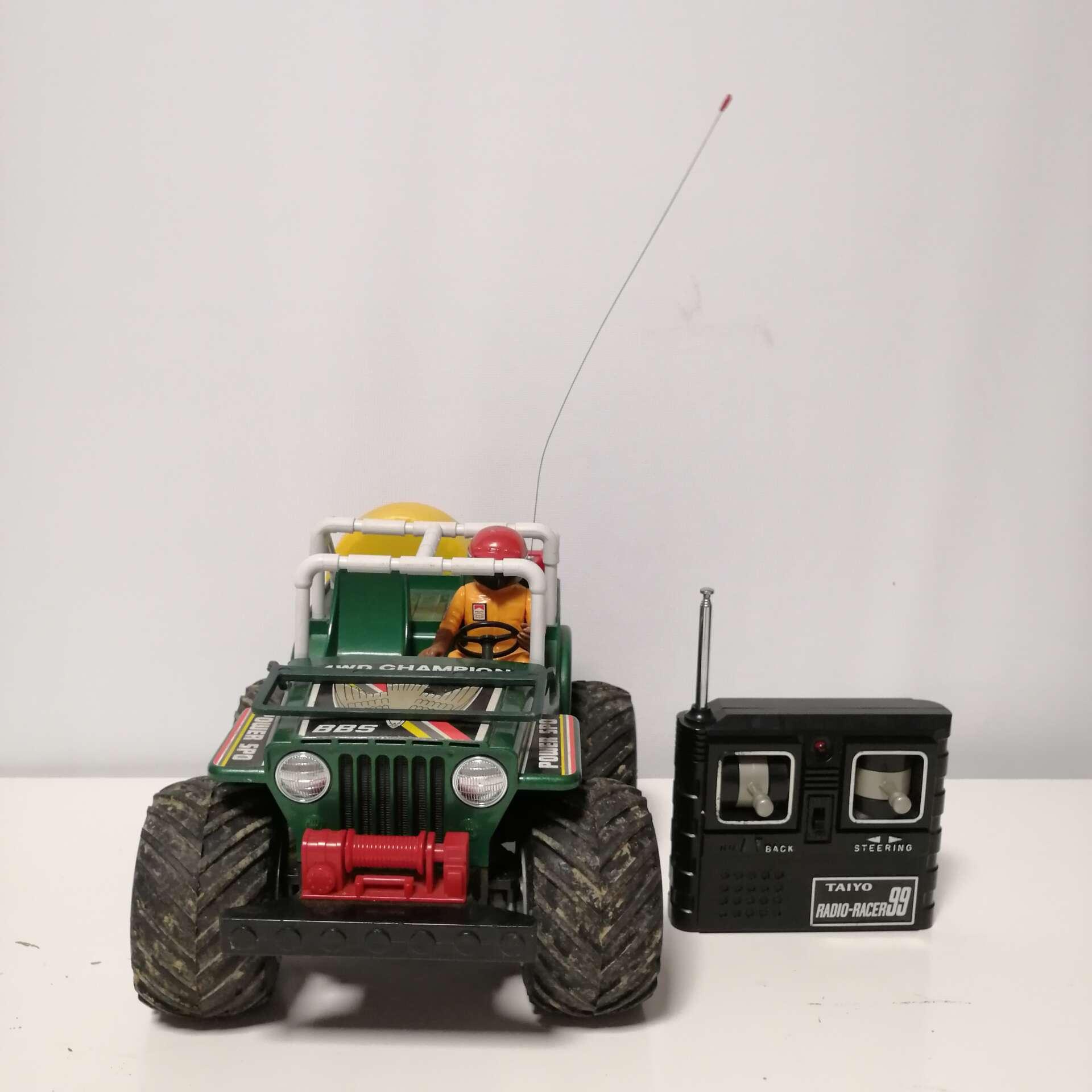 Radio Racer Jeep